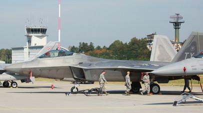 Военнослужащие армии США  на польской базе ВВС в Ласке © Agencja Gazeta