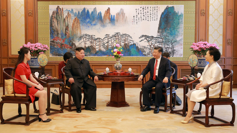 СМИ: Ким Чен Ын попросил Си Цзиньпина ускорить снятие санкций с КНДР