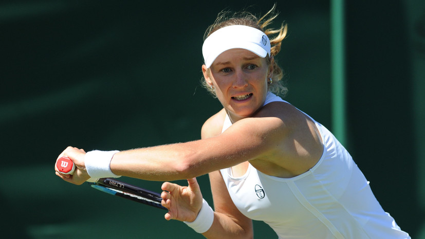 Макарова победила Возняцки во втором круге Уимблдона
