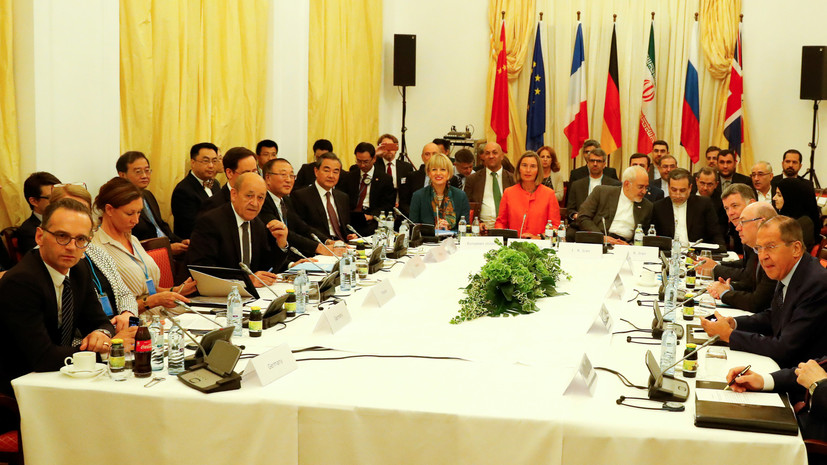 Лавров и Могерини обсудили ситуацию в Сирии и на Украине