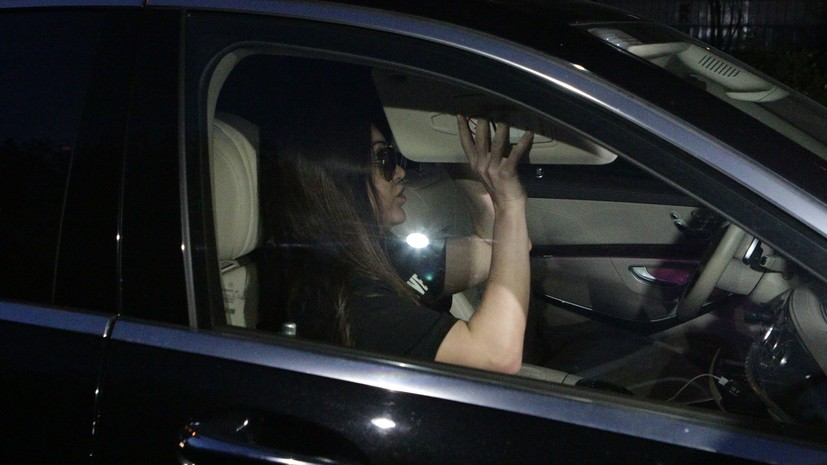 Полиция задержала и поместила на спецстоянку автомобиль Мары Багдасарян