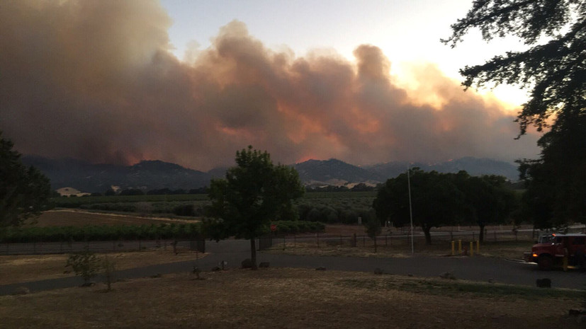 Свыше 3-х тыс. человек были эвакуированы всвязи спожаром вКалифорнии