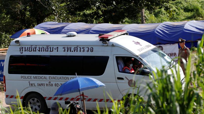 Восьмой мальчик выведен из пещеры на севере Таиланда