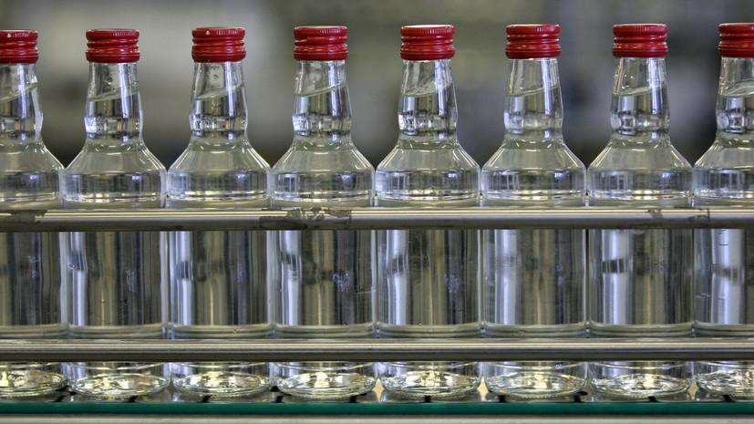 Минфин унифицировал минимальную розничную цену на водку от 37 до 40 градусов