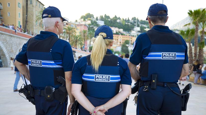 Во Франции ликвидировали пытавшегося напасть на людей мужчину с ножом