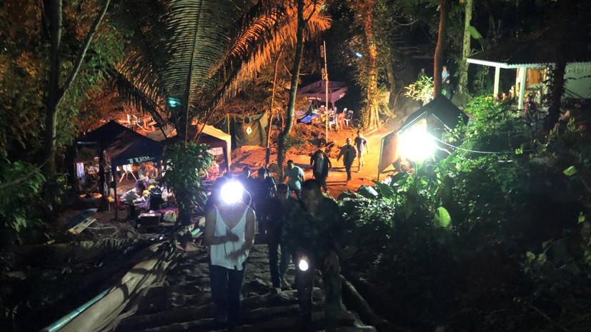 Илон Маск опубликовал видео из затопленной пещеры в Таиланде