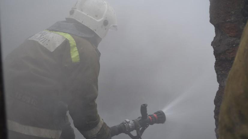Один пострадавший при взрыве на предприятии в ХМАО скончался в больнице