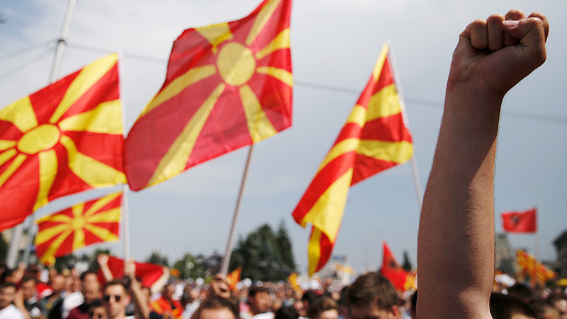 «Хайли лайкли» с балканским акцентом: в Лондоне сообщили о риске вмешательства России в македонский референдум