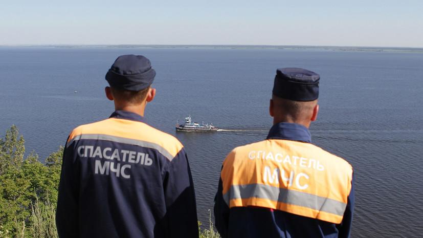 В Иркутской области сухогруз столкнулся с буксиром и сел на мель