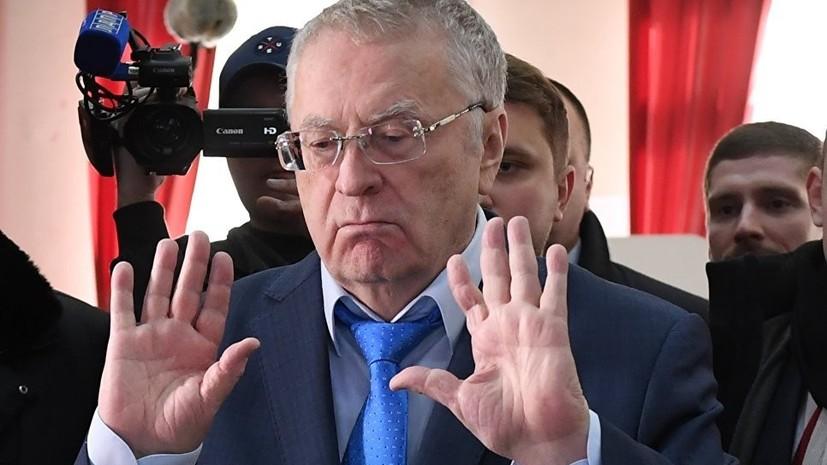 Жириновский заявил о желании включить в название ЛДПР определение «монархическая»
