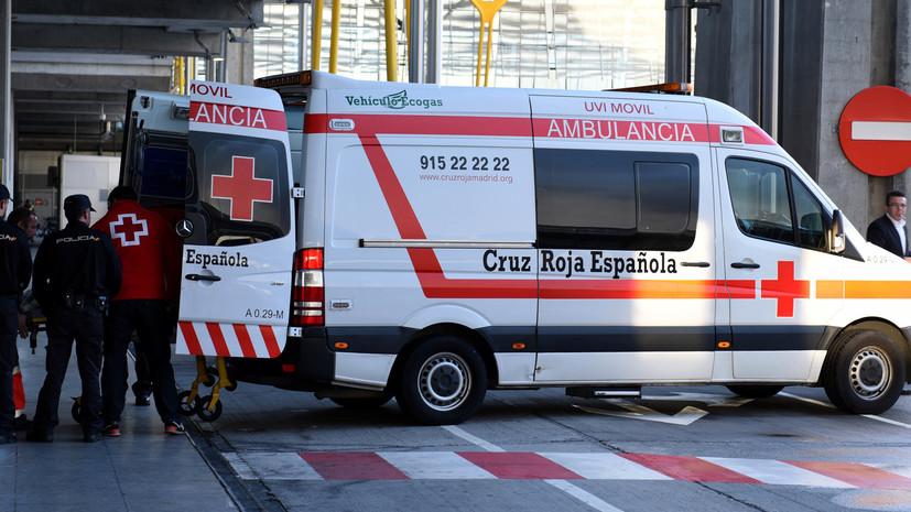 В Испании автомобиль совершил наезд на группу людей