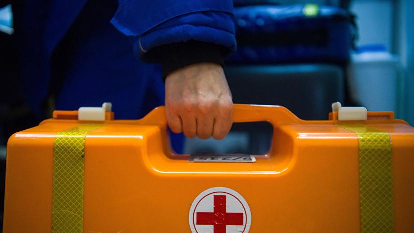 В ДТП с участием микроавтобуса под Саратовом пострадали восемь человек