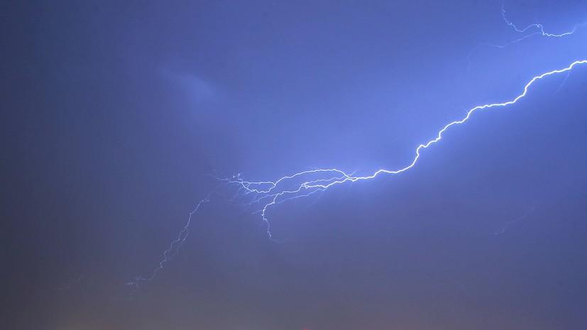 В МЧС предупредили о грозах и усилении ветра в Севастополе