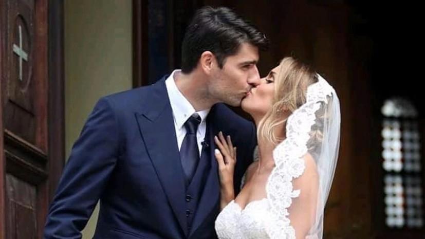 Футболист «Локомотива» женился научастнице «Евровидения»