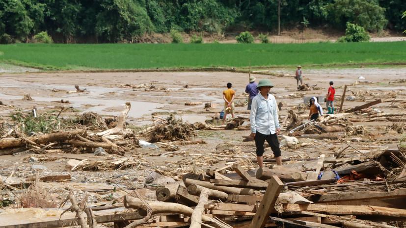 Во Вьетнаме число погибших в результате наводнений и вызванных ими