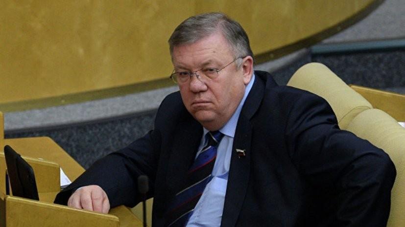 Экс-командующий Черноморского флота оценил заявление Киева о санкциях против портов России