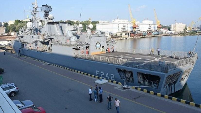 Эксперт прокомментировал прибытие кораблей военно-морской группы НАТО в Одесский порт