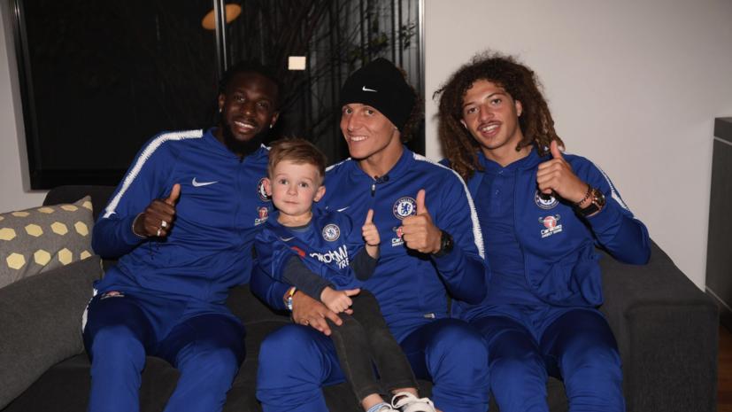 Футболисты «Челси» пришли в гости к четырёхлетнему болельщику из Австралии