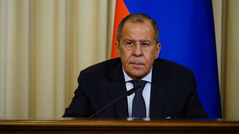 Лавров обсудил с главой МИД Армении вопросы двустороннего сотрудничества