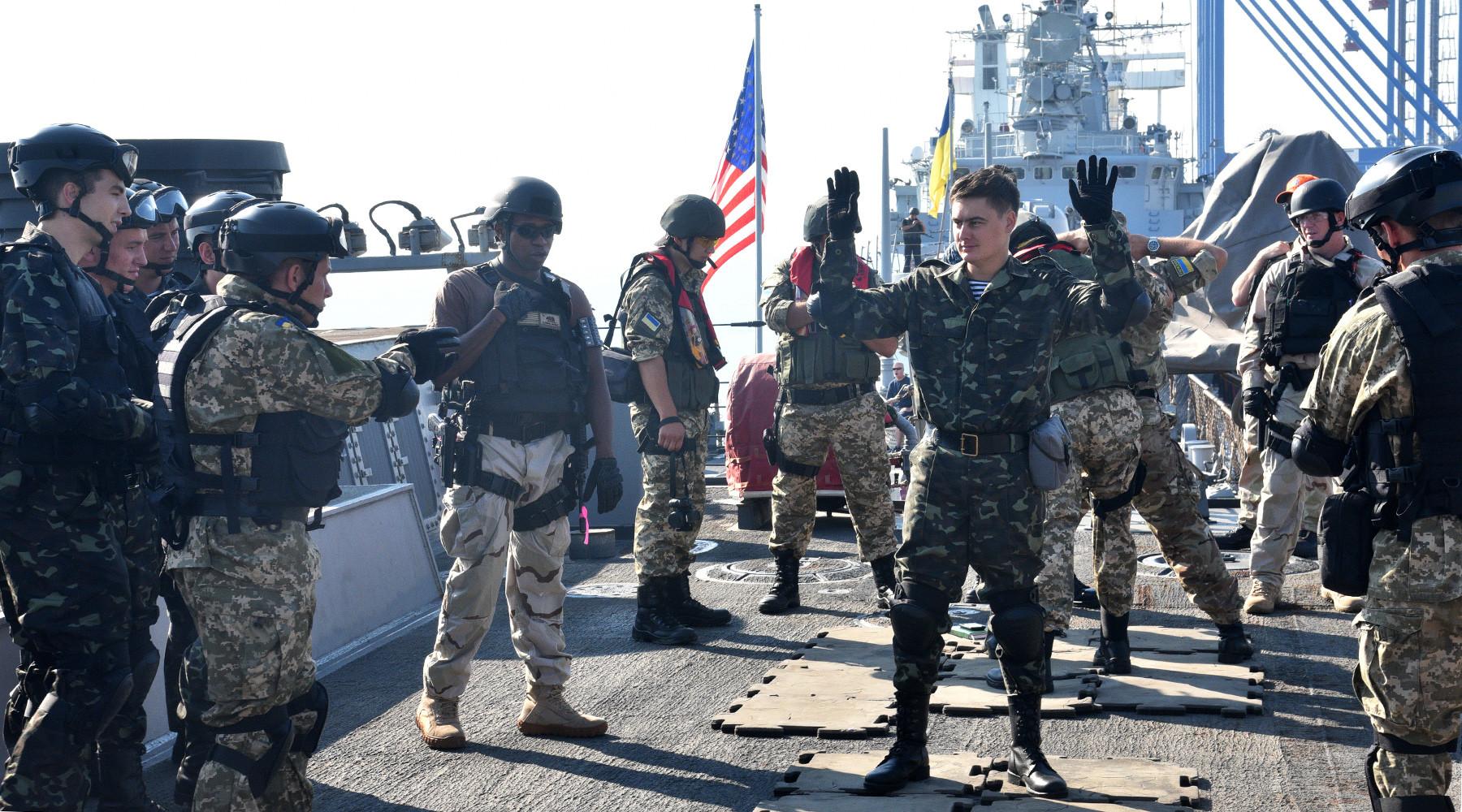 Море украинской надежды: о кораблях НАТО в порту Одессы (ФОТО)
