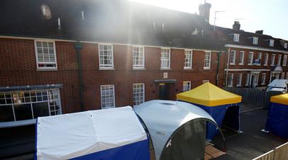 Посольство России призвало Британию раскрыть данные о найденном в Эймсбери веществе