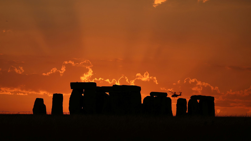 Исследование: около половины похороненных в Стоунхендже людей были родом из Уэльса
