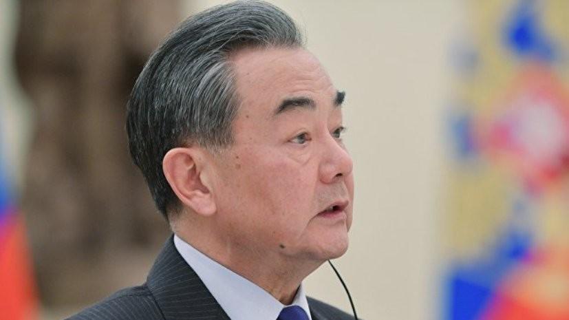 Глава МИД Китая обвинил власти США в давлении на страны Азии