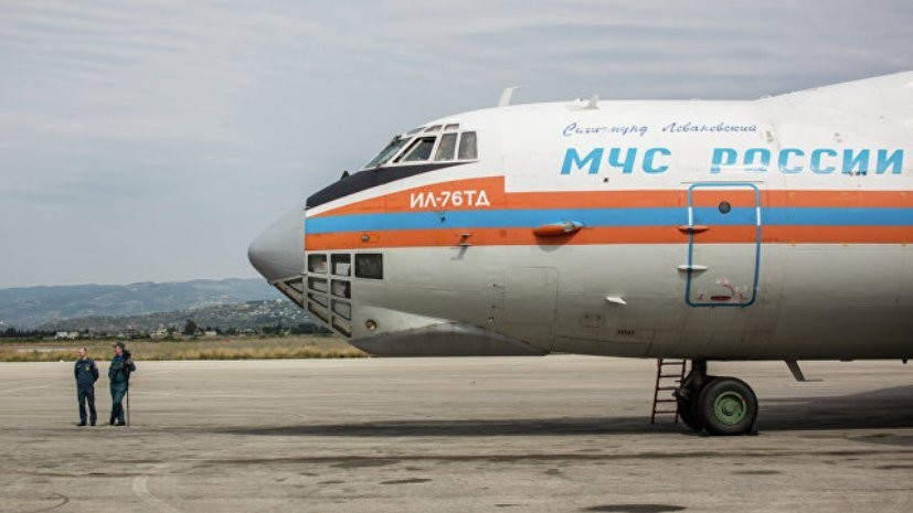 Самолёт МЧС доставил в Москву спасённого в горах Пакистана российского альпиниста