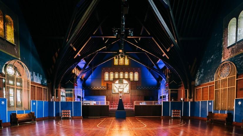 В Чикаго церковь XIX века переоборудована в баскетбольный тренировочный центр