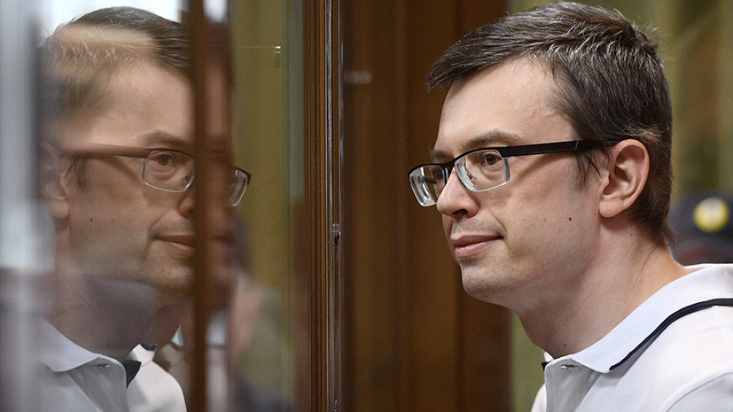 Пять с половиной лет колонии и отсутствие штрафа: суд вынес приговор экс-замначальника московского главка СК Никандрову