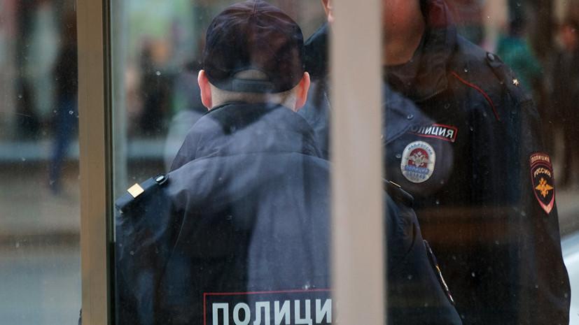 Неизвестные ранили двух полицейских при нападении на отдел полиции в Чечне