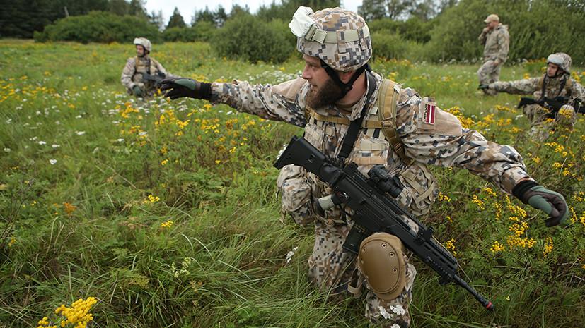 «Разминаются на собственной территории»: зачем латвийские военные тренируются подавлять восстания с помощью сил НАТО