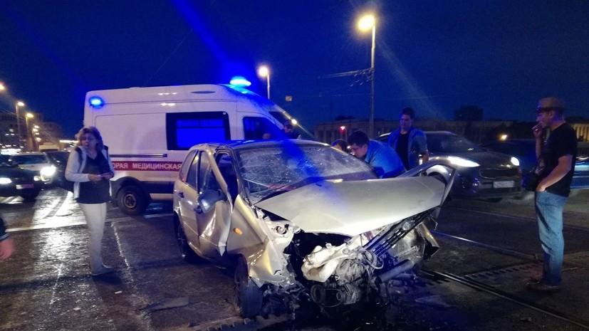 Три человека пострадали из-за самопроизвольного подъёма моста в Петербурге