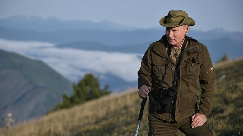 Песков отреагировал на обсуждение в соцсетях бренда куртки Путина