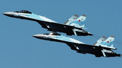 Истребители Су-35C  © Виталий Аньков