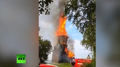 Опубликовано видео пожара, который уничтожил церковь XVIII века в Карелии