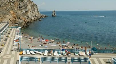 В Совфеде оценили слова политтехнолога о лжи украинских властей о потоке туристов в Крыму