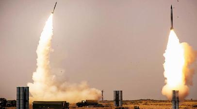 Пуск ракет из ЗРК