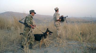 На таджикско-афганской границе в районе Пянджского погранотряда