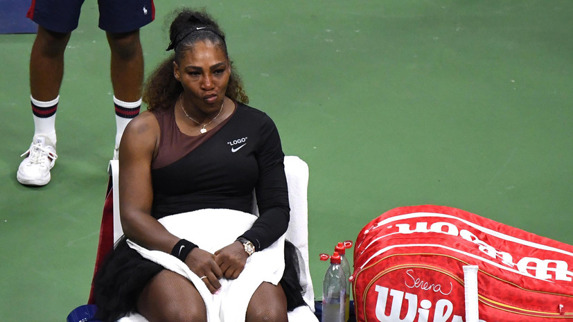 «Арбитра бросили в клетку с волками»: судьи готовы бойкотировать матчи Серены Уильямс после скандала на US Open