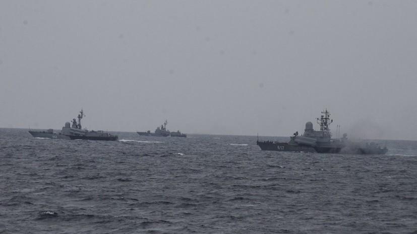 Военнослужащие ЧФ отразили в ходе учений нападение условных диверсантов на склад боеприпасов