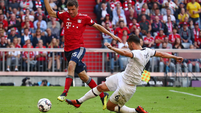 «Бавария» переиграла «Байер» в матче чемпионата Германии по футболу