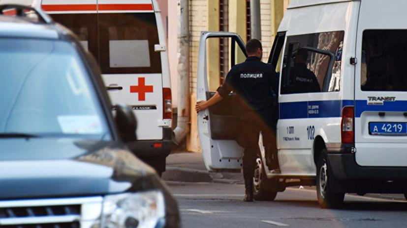 На Кутузовском проспекте в Москве столкнулись четыре автомобиля
