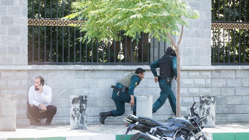 На военном параде в Иране произошёл теракт