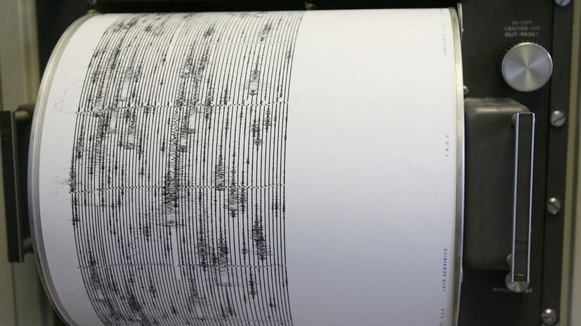 Землетрясение в Индонезии вызвало цунами