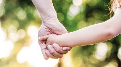 В России обсуждают, как обезопасить несовершеннолетних от самоуправства разведённых родителей