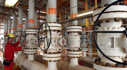 Платформа по добыче нефти, Иран