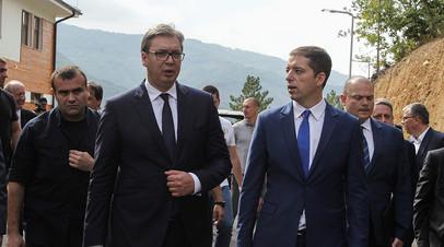 Президент Сербии Александр Вучич во время визита на водохранилище Газиводе