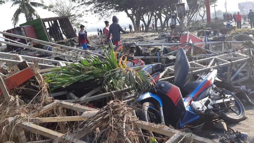 СМИ: Число погибших при землетрясении в Индонезии превысило 1200