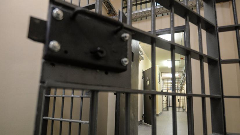 Заключённые устроили массовую драку в колонии в Омской области